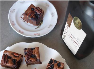 יינות יקבי בנימינה עם בראוניז